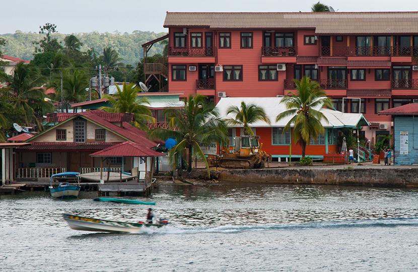 Sobre la Isla de Bocas